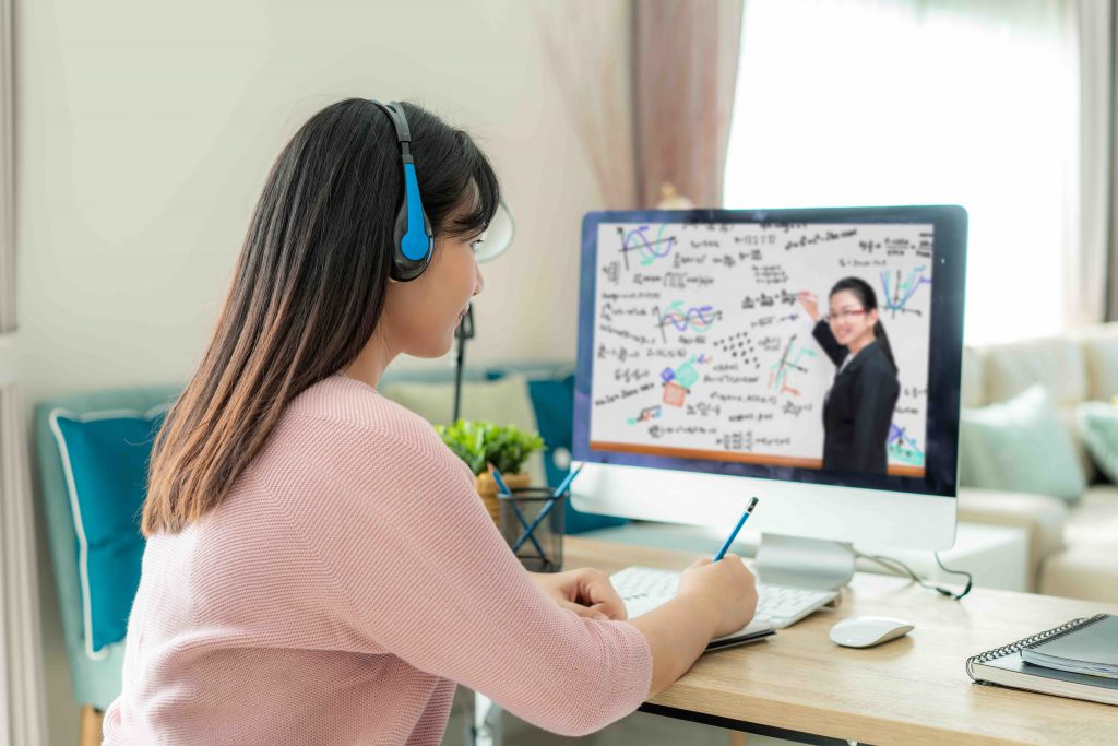 Pitfalls to Avoid When Localizing eLearning